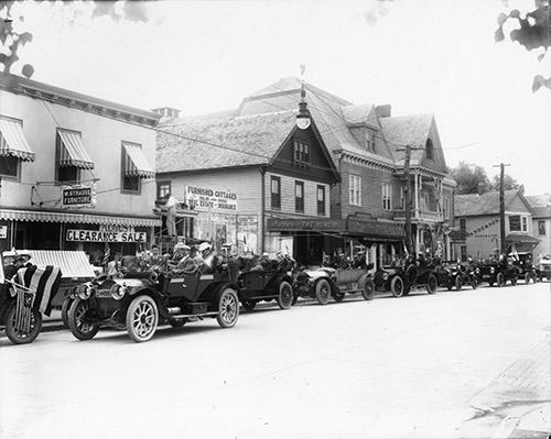 Entenmann's location in Bay Shore c. 1900