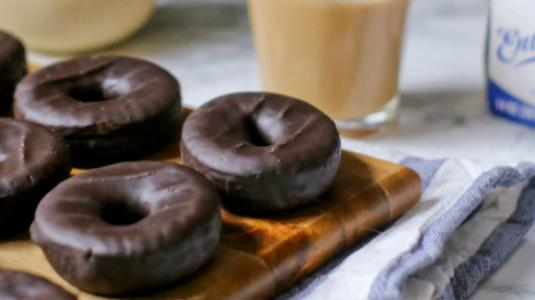 Entenmann's Chocolate Donuts